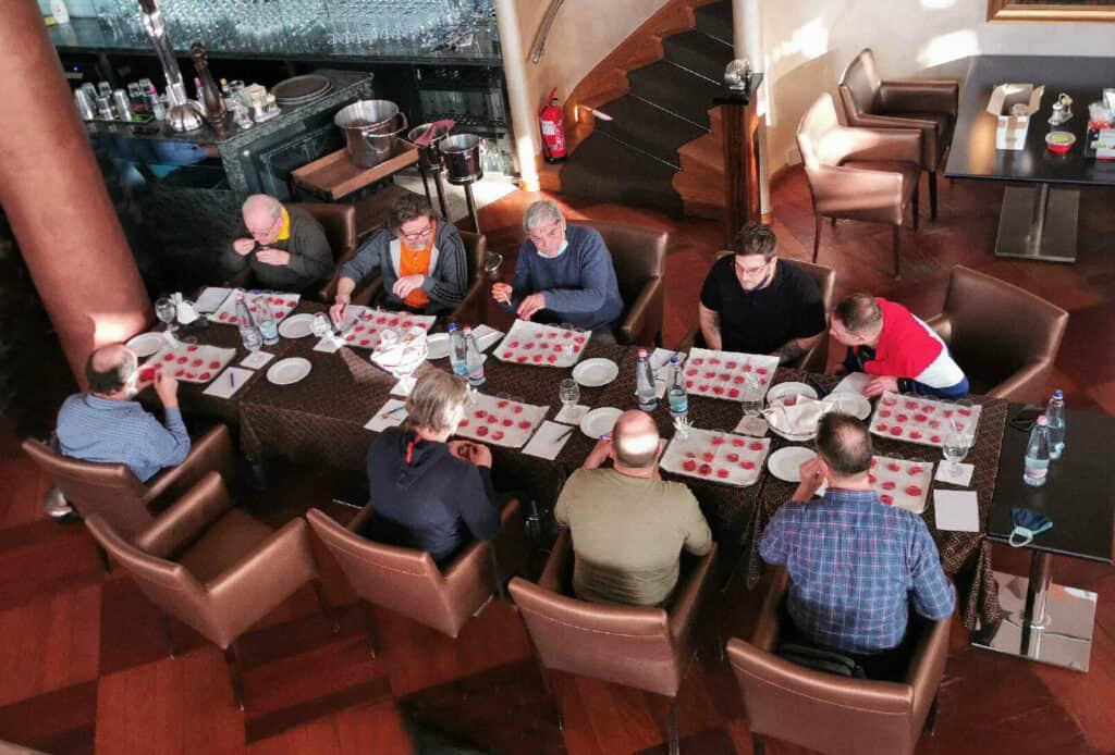 2021 Magyar Gasztronómiai Egyesület Fajszi Paprikateszt tesztelö-zsüri